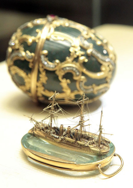 1891-memory-of-azov-faberge-egg-from-Reuters